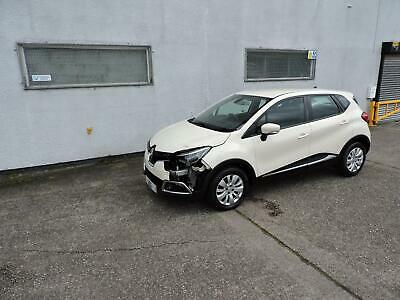 64 Renault Captur 1.5dCi Expression+ Damaged Salvage Repairable £0 Tax!