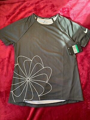 Girls Nike Running Dri Fit Black Top Tshirt Size XL Age 13-15 Years