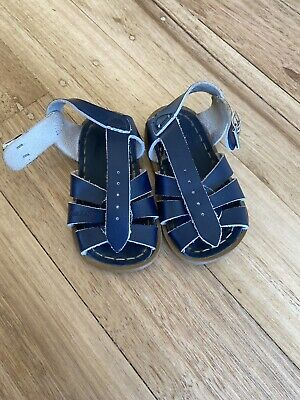 saltwater sandals Toddler size 4