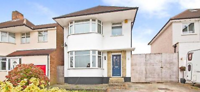 Freehold 3 Bed Detached House And Build Plot For Sale.Ideal for investment.