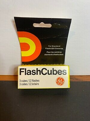 Camera Flash Cubes/ General Electric
