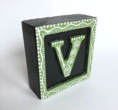 """Wood initial """"V"""" Alphabet Letter Wooden Block Hand Painted Gift Green"""