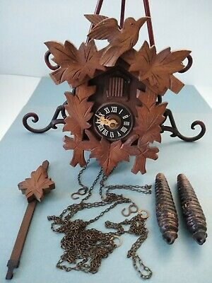 VINTAGE CARVED BLACK FOREST CUCKOO CLOCK ALL WOOD REGULA MOVEMENT West Germany