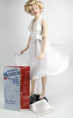 "The Franklin Mint 16""Marilyn Monroe Legendary White Dress Fashion (Only) NO DOLL"