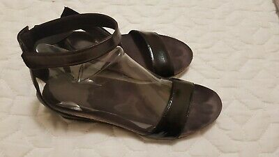 Naot- Stylish Black Leather Wedge With Strap Sz 41 (10) Extremely Comfy Vgc