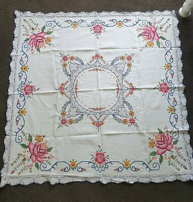 Vintage Cross-stitched Table Cloth with 6 Matching Serviettes