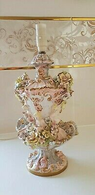 Capodimonte Italian Putty Flowers Cherubs Table Lamp photo doesn't do justice