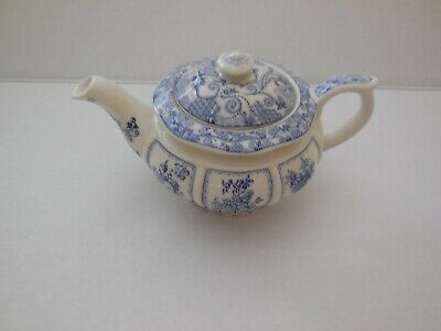 "Sadler Blue & White Fruits Teapot  ""Afternoon Tea"" Collection"