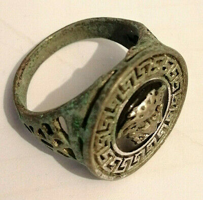 ANCIENT Roman legionary Metal Color Silver Ring Engraved Figurine