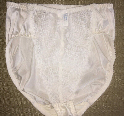 S - 5  Vtg Dolores - Lily of France White Nylon Lace High-End Luxury Pantie