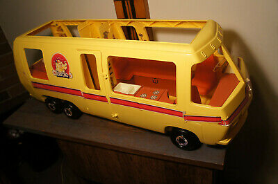 1976 Barbie STAR TRAVELER GMC Vintage  Eleganza II Motor Home RV Travel Car