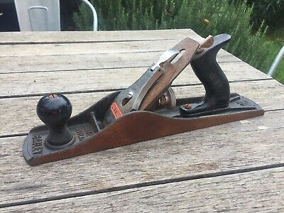 Vintage Stanley Bailey No 5 Hand Plane Made In England.