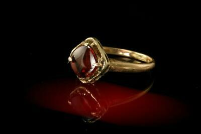 Old Puffy Top Red Garnet 14K Yellow Gold Ring A064935