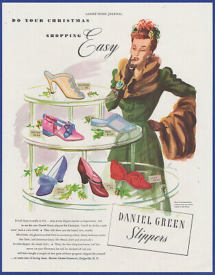 Vintage 1941 DANIEL GREEN Leisure Footwear Shoes Fashion Art Decor 40's Print Ad