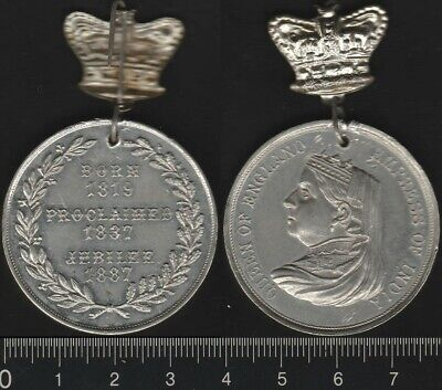 Great Britain: 1887 Queen Victoria Golden Jubilee 50 Years medal with crown pin