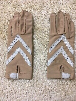 Women's Isontoner ARIS Driving Spandex Gloves Light Brown~Stretch to Fit