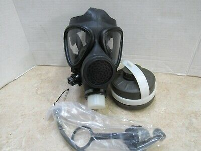 Israeli M15 A1 Military Gas Mask w Filter Drinking Tube & Canteen Cap NOS Sz 3