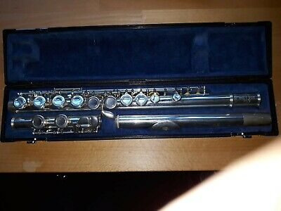 Buffet Crampon Paris 6000 Cooper Series II flute complete with 3 cases.