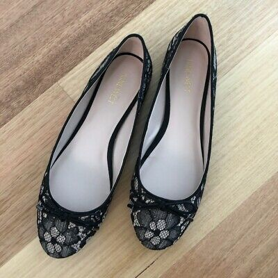 Nine West Ballet Flats Black And Nude Lace US Size 8.5