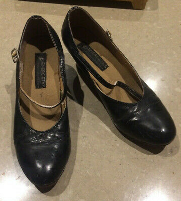 Energetiks Black Character shoes size 9.5