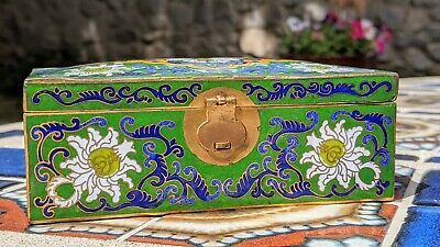 Chinese Floral Cloisonne White Enamel Trinket Jewelry Trunk Box Lotus Flower