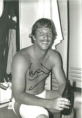 Ian Botham autograph signed 12 x 8 inch authentic cricket photograph SS1445A