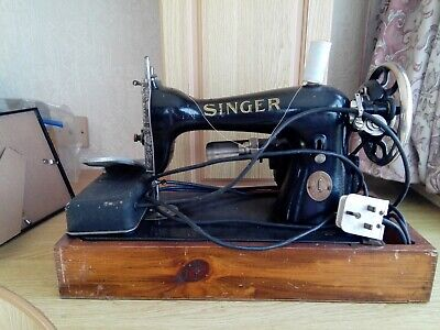 Electrical Singer Sewing machine 15-90 dated 1923