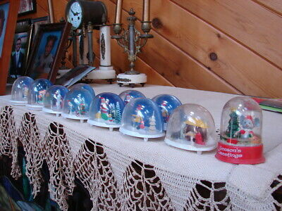 11 Vintage Christmas Snow Domes Snow Globes - 10 Made In Hong Kong