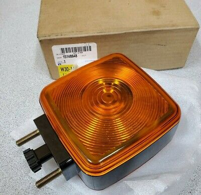 Genuine GM 15148648 Turn Signal Lamp Front