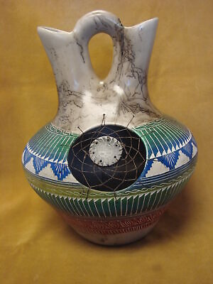 Navajo Indian Pottery Hand Etched Horse Hair Dreamcatcher Wedding Vase Signed