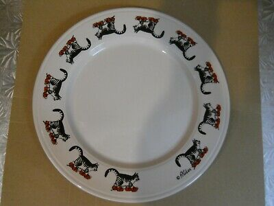 """EUC Kliban Cat with Red Sneakers 9"""" Plate Kiln Craft Ironstone Tableware England"""