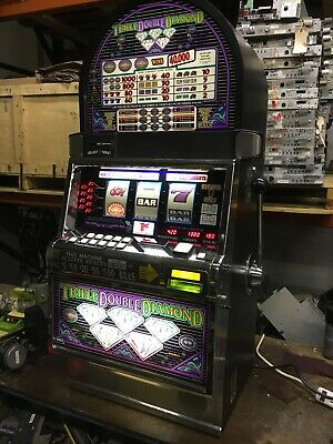 IGT S2000 Triple Double Diamond SLOT MACHINE