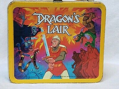 Stranger Things Vtg 1983  Dragon's Lair Game Metal Lunch Box