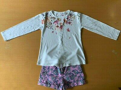 Girls Next long sleeved top and Gap shorts outfit, aged 7 years