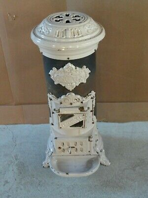 Petit Coal Stove w/ Heavy Enameled Cast Iron Fittings Thermocet No 75 Nice Condi