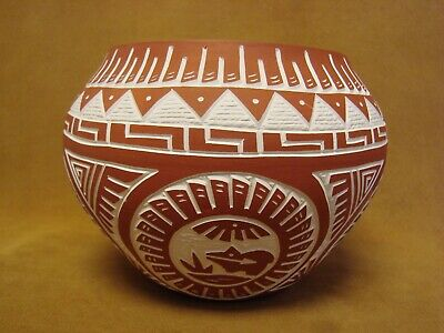 Laguna Pueblo Indian Hand Etched Turtle Pot by Antonio