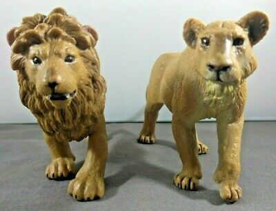 Safari LTD Lion 2006 & Lioness 2008 Animal Figures
