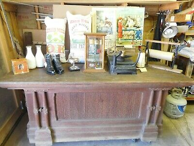 """OAK COUNTRY STORE COUNTER 6'1/2""""x 281/4""""x 32"""" & WORKING TUCKER CASH DRAWER"""