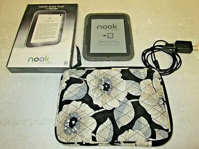 BARNES & NOBLE NOOK SIMPLE TOUCH WITH GLOW LIGHT IN BOX w/VERA BRADLEY CASE 2GB