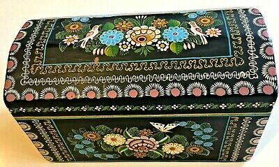 Vintage Large Mexican Olinala  Lacquer Hand Painted Wood Domed  Box