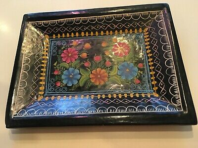 Vintage Mexican Folk Art Olinala Black Laquer Tray