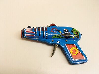 Tin Toy Space Gun HF 901 Forest Security Vintage China Siren Sound