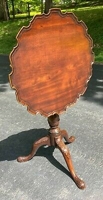 Antique 18th Century George III Mahogany Tilt Top Table- Shipping Available