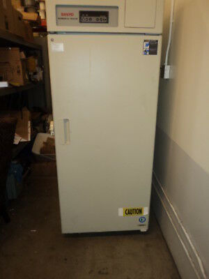 Sanyo MDF-U730 Low Temperature -30C Biomedical Laboratory Freezer 115v TESTED