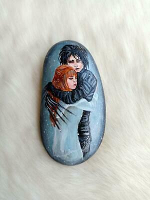 Hand Painted Edward Scissorhands On Natural Rock Stone Art Deco Paperweight D177