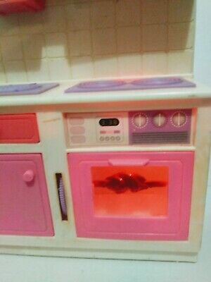 Vintage Kitchen Stove & Oven With Working Light/ Barbie Dolls/ Pretend/Play