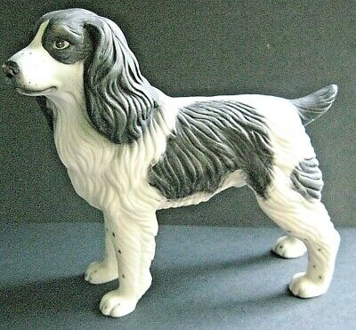 "Vtg Dog Figurine Spaniel or Setter Black & White Porcelain 5 1/4"" tall"