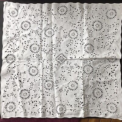 Petite Nappe Ancienne Broderie Richelieu Old French Tablecloth Embroidery