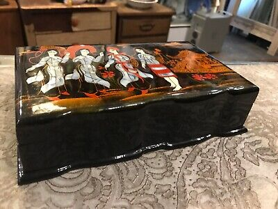 Vintage Antique Black Lacquer Mid Century Modern Asian Jewelry Box