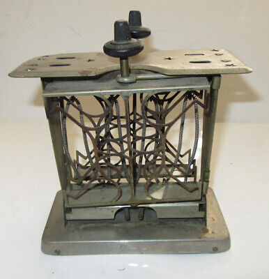 Star Fitzgerald Mfg Co Swing Arm Electric Toaster, 1920s